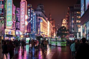 Living in China Pros and Cons – What To Expect?
